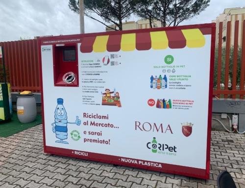 POSIZIONATA LA MACCHINA MANGIA PLASTICA AL MERCATO RIONALE VIGNA MURATA: IL NOSTRO QUARTIERE SEMPRE PIU' GREEN